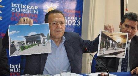 AK Partili Uğur'dan Başkan Ok'a meydan ve otel eleştirisi