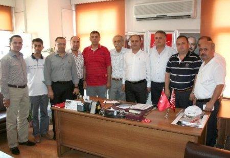 AK Partililerden yeni seçilen CHP ilçe başkanına 'hayırlı olsun' ziyareti