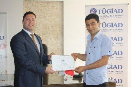 Akdeniz Oyunları öncesi meslek gruplarına İngilizce kursu verildi