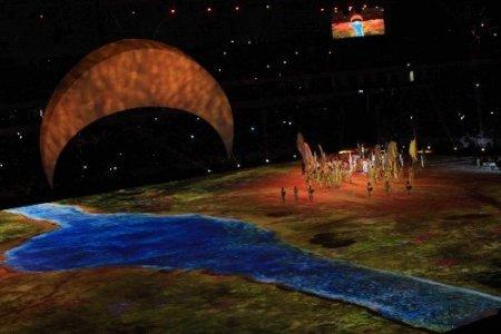 Akdeniz Oyunları'nın açılış törenine sahne gösterileri damga vurdu