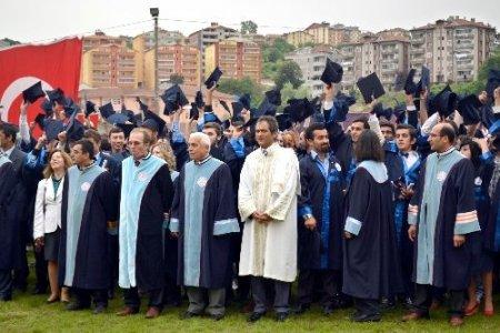 Alaplı Meslek Okulu'nda mezuniyet sevinci