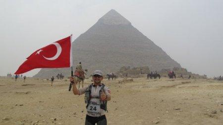 Alper Dalkılıç 4 Deserts'de finale koştu