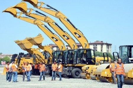 Ankara Büyükşehir'in makine parkı daha da güçlendi