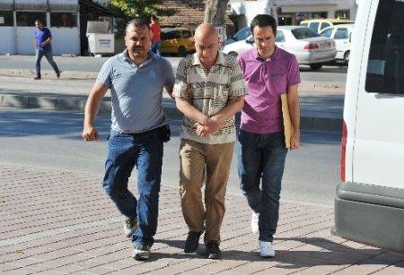 Antalya'da uyuşturucu operasyonu: 20 gözaltı