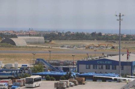 Atatürk Havalimanı'nda park alanı için çalışmalar başladı