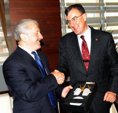 Avustralya Büyükelçisi Biggs, U20 Dünya Kapısı için Trabzon'da
