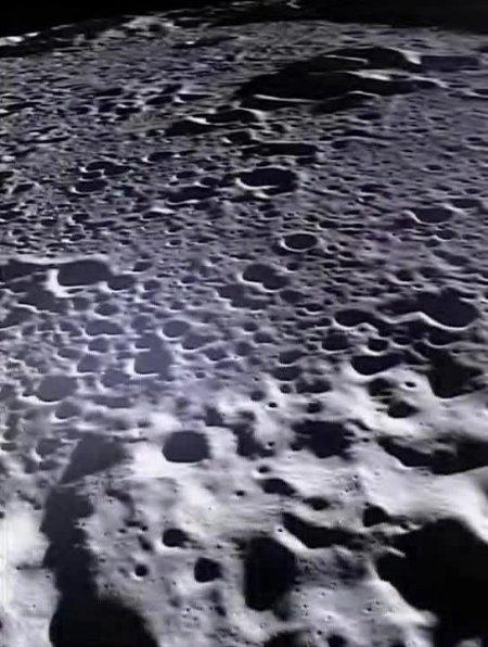 Ay'ın ilk kez yayınlanan görüntüleri büyüledi