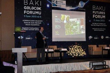 Azerbaycan'ın petrol dışı ekonomik geleceği masaya yatırıldı