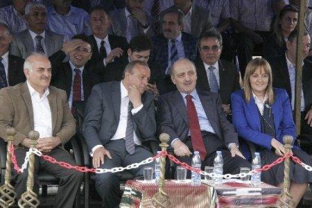 Bakan Bayraktar: Birileri Türkiye'yi karıştırmak istiyor