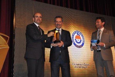 Bakan Şimşek: Yabancı yatırımcıları arayıp Türkiye'yi kötüleyenler var