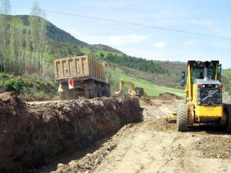Balıkesir'de bu yaz 200 kilometre köy yolu yapılacak