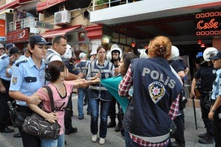 Balıkesir'deki protestoların ikinci gününde 44 kişi gözaltına alındı