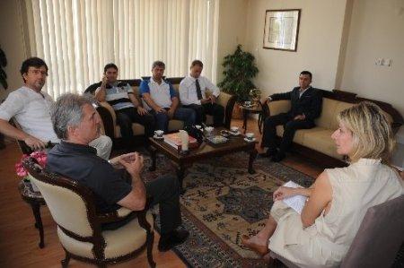 BALKAN-DER Yönetim Kurulu, Yunanistan Başkonsolosluğu'nu ziyaret etti