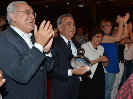 Başkan Kocaoğlu, Fazıl Say ile birlikte tava resitali yaptı