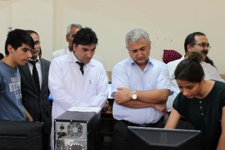 Birecikli öğrencilerden Bilişim Teknolojileri Sergisi