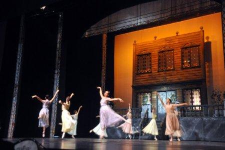 Çalıkuşu Balesi, Bursa'da sahnelendi