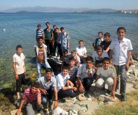 Cansuyu Projesi öğrencileri İzmir'i gezdi