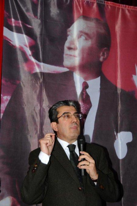 CHP'li Günaydın: Öcalan'la MİT değil, Başbakan konuşuyor