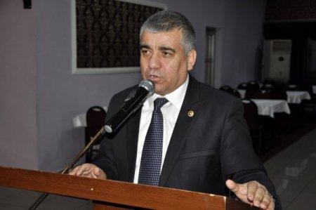 CHP'li Topal: Amasya'ya gelen bakanlar müze ve camileri gezip gidiyor