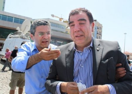 CHP'li Toprak: Milli içkimiz biber gazı oldu