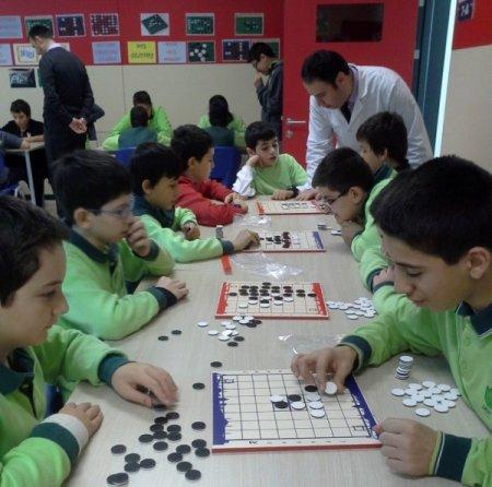 Çorlu Fatih Koleji seçmeli 'zeka oyunları' dersini vermeye başladı