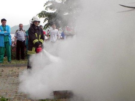 Devlet hastanesindeki yangın tatbikatı gerçeğini aratmadı