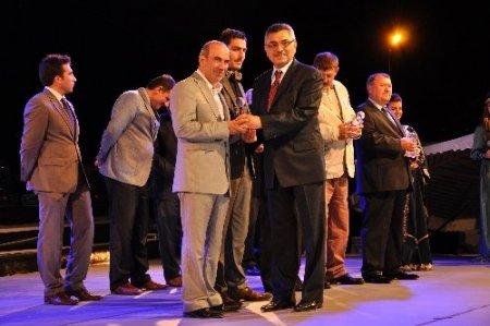 Dünya çocukları, şehzadeler şehri Amasya'da 15 bin kişiyi coşturdu