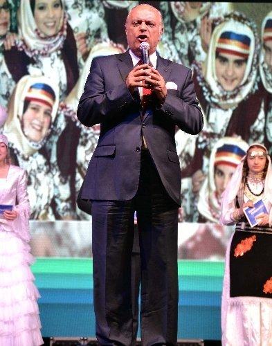 Dünya çocukları Kahramanmaraş'a unutulmaz bir gece yaşattı