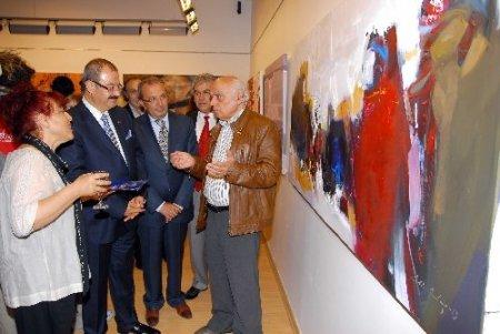 Dünya ressamlarının eserleri büyük ilgi görüyor