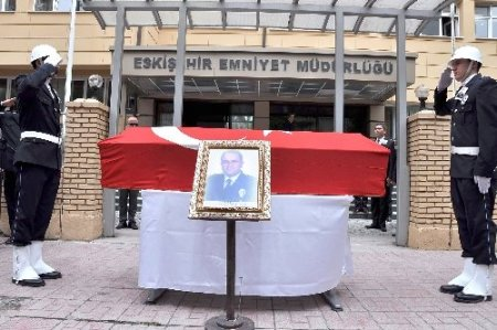 Emniyet Müdürü Kuru'nun cenazesi Sakarya'ya uğurlandı
