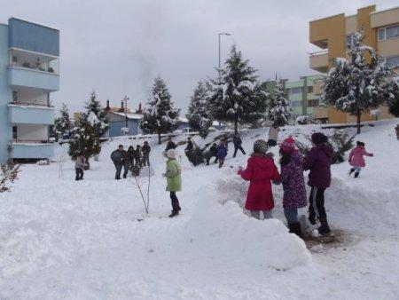 Erbaa'ya bağlı köy ve beldelerde eğitime yarın da ara verildi