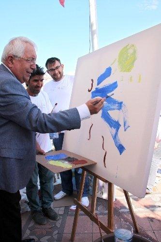 Ereğli'de Uluslararası Sevgi Barış Dostluk Resim Çalıştayı başladı