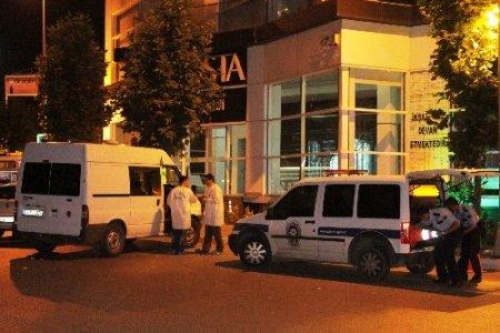 Esenyurt'ta silahlı kavga: 1 ölü, 1 ağır yaralı (Özel)