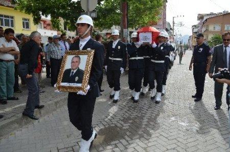 Eskişehir Emniyet Müdürü Kuru, toprağa verildi