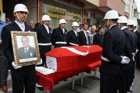 Eskişehir Emniyet Müdürü Naci Kuru'nun cenazesi baba ocağına getirildi