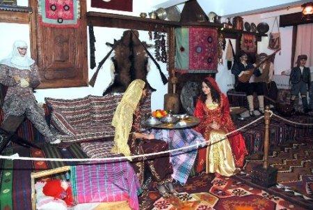 Evrenseki Kültür Evi, folklor bilimci ve turistlerin ziyaretine açıldı