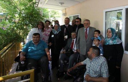 Florya Engelliler Yaz Kampı engelli vatandaşlara kapılarını açtı
