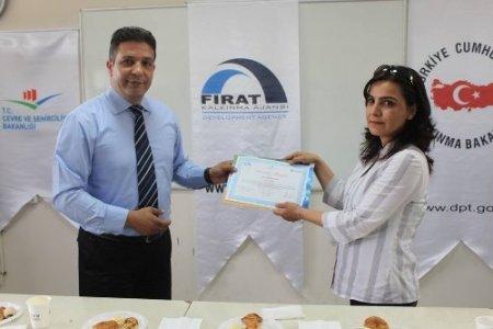 FÜSEM kursunu tamamlayanlar sertifikalarını aldı