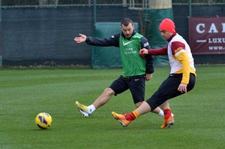 Galatasaray'da çalışmalar devam ediyor