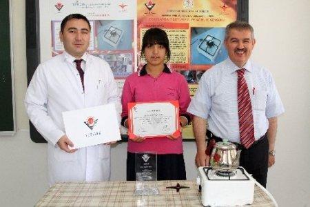 Genç mucit, gaz israfını önleyen projeyle Türkiye ikincisi oldu