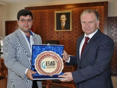 GESİAD'dan Nevşehir'in yeni Valisi'ne hoşgeldin ziyareti