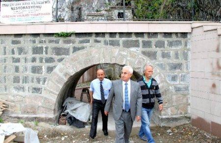 Giresun'da tarihi kaya kilise gün yüzüne çıkarıldı