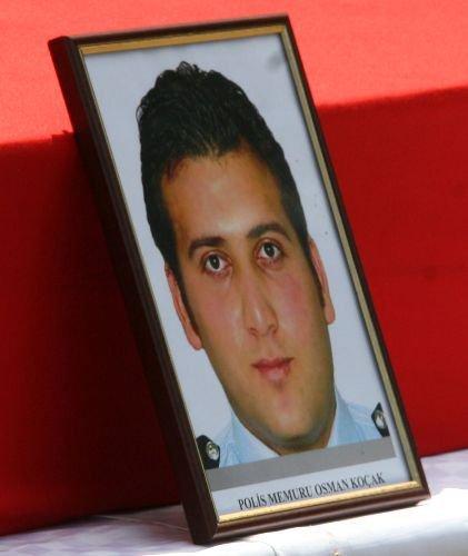 Sivas Haberleri: Beyin kanaması geçiren polis memuru hayatını kaybetti 27