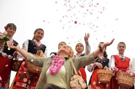Gül Vadisi'nde gül festivali