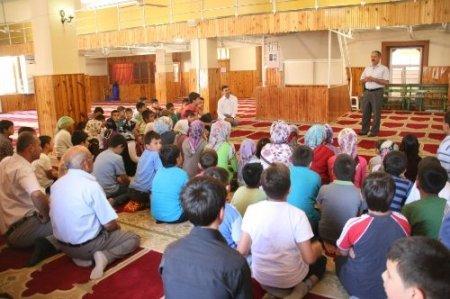 Gülnar'da 3 bin öğrenci Kur'an öğrenmek için camilere koştu