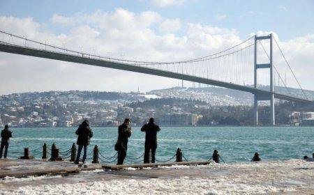 Güneş yüzünü gösterdi, İstanbullular sahile akın etti