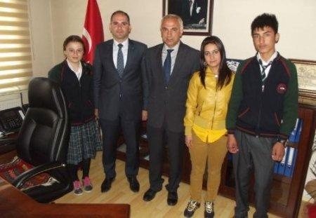 Güroymak Anadolu Lisesi TÜBİTAK Sosyoloji dalında Türkiye 3.'sü oldu