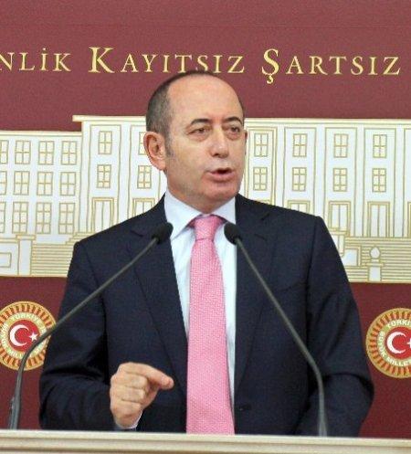 Hamzaçebi: Başbakan tepkilerin Cumhurbaşkanı'na gelmesini istedi