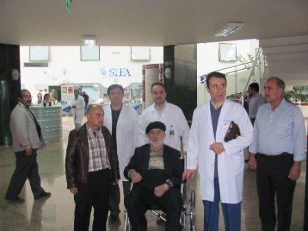 Hekimoğlu İsmail, Erzurum Şifa Hastanesi'ni ziyaret etti