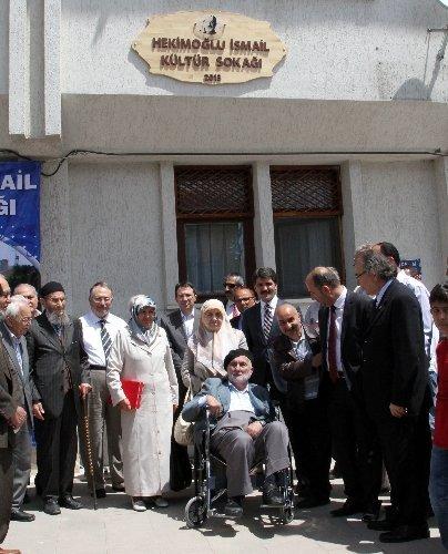 Hekimoğlu İsmail'e Erzincanlılardan vefa